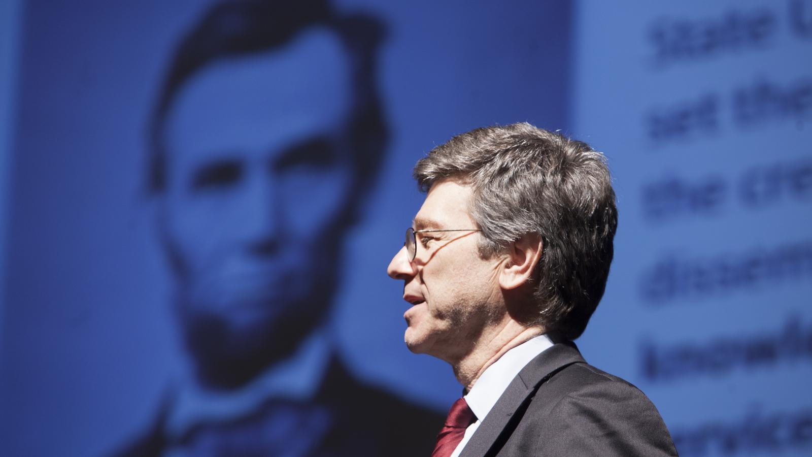 Photo of Jeffrey Sachs giving keynote address at COMPAS Conference
